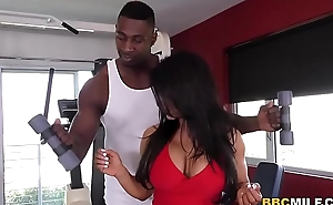 Raven Hart Squirts From Black Dick During Anal