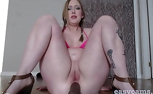Chubby chick anal fucks dildo with hot climax - easycams.co.uk
